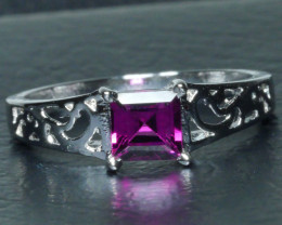 BEAUTY RHODOLITE GARNET Sterling silver  Ring 925 Size ...7 (US)