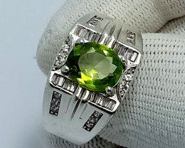 Natural Olivine Green Oval Peridot 925 Sterling Silver Ring