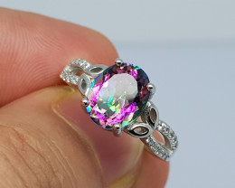 17 carat myestic topaz 925 silver ring. 10x8x6 mm.