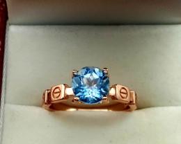 Amazing topaz Ring.
