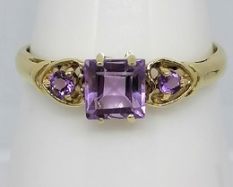 Natural Amethyst Ring 0.85 TCW in Solid 10kt. Gold