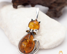 Baltic Amber Pendant Sale, Cute Cat shape ,direct from Poland AM1316