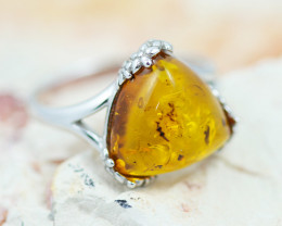 Baltic Amber Ring  Trillion ,direct from Poland AM1348