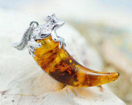 Baltic Amber Massive tooth frog  Pendant  ,direct from Poland AM1511