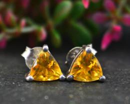 Stunning Genuine Yellow Citrine Ear Studs / Earrings In Silver