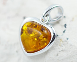 Baltic Amber Lovers heart  Pendant  ,direct from Poland AM1522