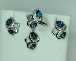 Natural Beautiful Landan Blue Topaz full sit With A 925 Starling Silver.