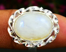 Stunning Genuine Moonstone Ring In Silver