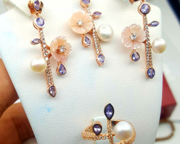 Tanzanite and Pearls Natural  full set gold plated.