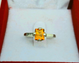 Natural 7.00 carat citrine  925 Silver Ring, 7x5x3mm.