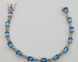 Stunning Beautiful Swiss Blue Topaz Bracelet