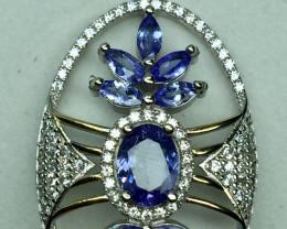 Natural Beautiful Tanzanite Pendant  With A 925 Starling Silver.