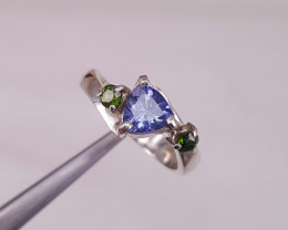Natural Tanzanite and small chrome diopside ring
