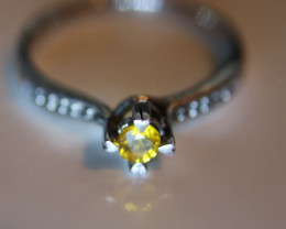 Yellow Zircon .18ct Platinum Finish Solid 925 Sterling Silver Solitaire Rin