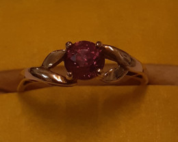 Vivid red sapphire ring with certificate