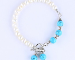 Cultured Freshwater Pearl and Semi Precious Stone Toggle Bracelet