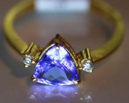 Tanzanite 1.32ct Natural Diamonds Solid 22K Yellow Gold Multistone Ring