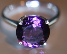 Amethyst 2.10ct Platinum Finish Solid 925 Sterling Silver Solitaire Ring