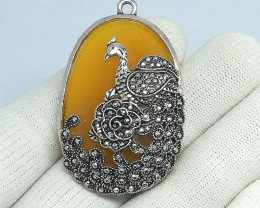 Natural Yellow Agate With Peacock Design 96.30 Carats Pendant N01