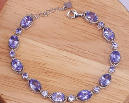 Natural Tanzanite and small zircon Bracelet