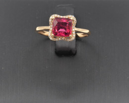 Natural cushion cut Rubyllite and diamond whit 18K Gold  ring