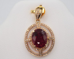Natural Top beautiful Oval cut  Rubyllite and diamonds in 18K Gold pendant