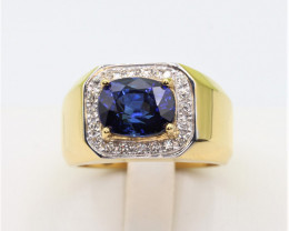 Natural Top  Oval cut Royal Blue Sapphire   Ceylon    and Diamonds in 18K