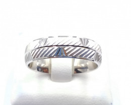 STERLING  SILVER PLAN RING 925%  E 26