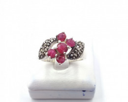 NATURAL RUBY 925% SILVER RING E 32