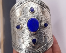 Natural Lipas Lazuli Cuff