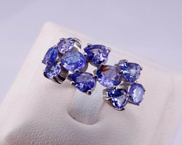 Natural Beautiful Tanzanite Ring.