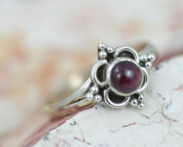 Natural Garnet Silver Ring size 7 - BU 2600