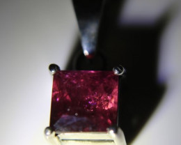 Rubellite 1.40ct Platinum Finish Solid 925 Sterling Silver Pendant
