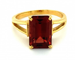 Malaya Imperial Garnet 4.75ct Solid 18K Yellow Gold Solitaire Ring    Size