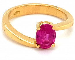 Mozambique Ruby 1.07ct Solid 18K Yellow Gold Solitaire Ring    Size 6