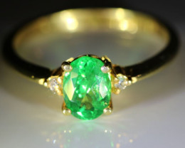 Tsavorite Garnet 1.38ct Diamonds Solid 22K Yellow Gold Multistone Ring