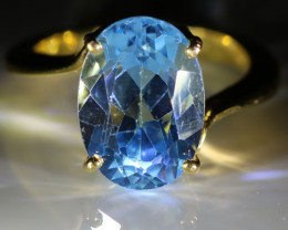 Blue Topaz 8.70ct Solid 18K Yellow Gold Solitaire Ring