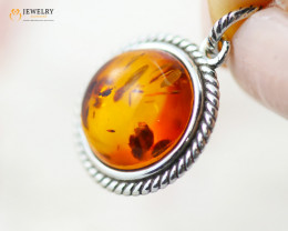 2Cts Baltic Amber Sale, Silver Pendant - AM 2084