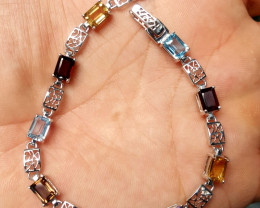 A beautiful Natural mix stones Bracelet.