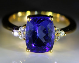 Tanzanite 4.08ct Diamonds Solid 18K Yellow Gold Multistone Ring