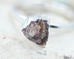 x1 Root Chakra Garnet Gemstone Ring Size 8 - CH43