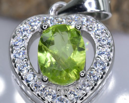 15.61 Crt  Peridot With Cubic Zircon 925 Silver