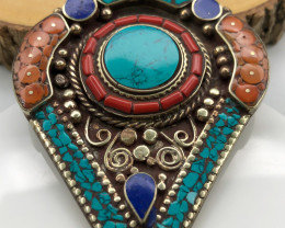 110 Crt  Turquoise And Lapis Lazuli  Nepali Pendant with brass material
