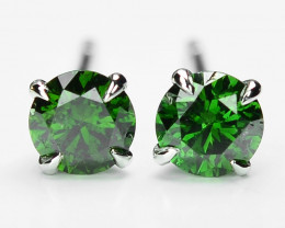 18k White Gold 0.59 Gram 0.76 Cts Green Diamond Earrings