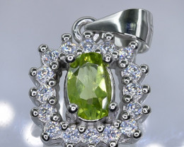 15.80 Crt Natural Peridot With Cubic Zirconia 925 Silver Pendant