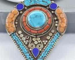 230 Crt Turquoise And Lapis Lazuli Nepali pendant Brass Material