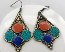 96.5 Crt Turquoise And Lapis Lazuli Nepali Earrings Brass Material