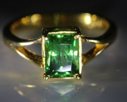 Tsavorite Garnet 2.03ct Solid 22K Yellow Gold Ring