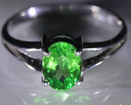 Tsavorite 1.40ct Solid 18K White Gold Ring