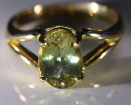 Yellow Tanzanite 2.22ct Solid 18K Yellow Gold Ring